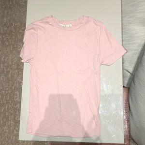 plain pink crew neck tee